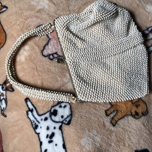 Bags - Beaded cream color vintage purse